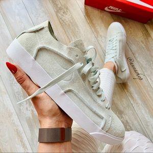 NWT Nike blazer rare